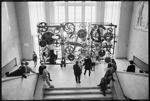 Méta-Harmonie II entered the collection of the Emanuel Hoffmann Foundation in 1980 and for a long time was on show at Kunstmuseum Basel. It can now be seen and heard at Museum Tinguely, which has held it on permanent loan since 1996. Photo: Kunstmuseum Basel, Martin P. Bühler